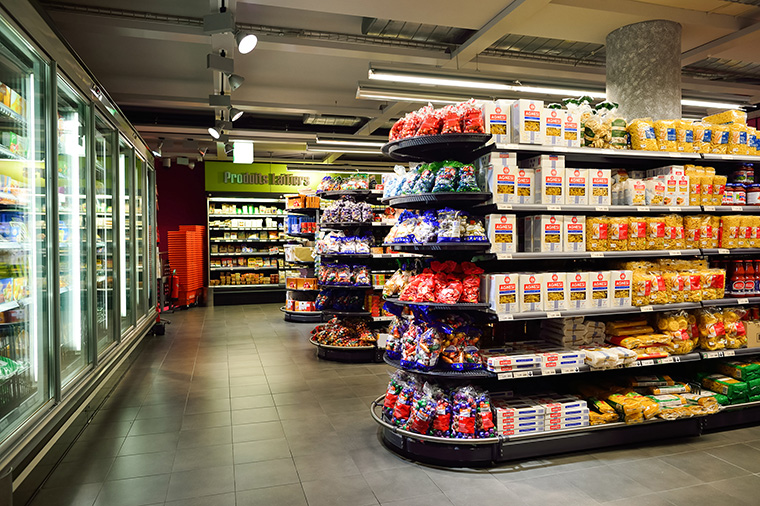 c-store shelves full from using convenience store distributors